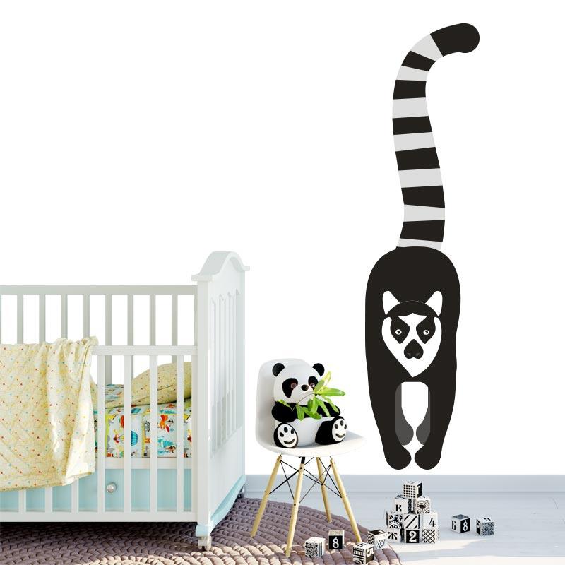 Adesivo Lemur dalla coda ad anello disegnato