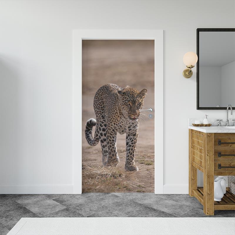 adesivo-per-porta-leopardo